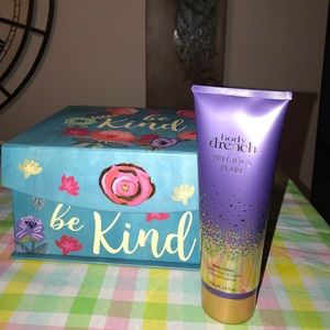 Luxurious lotion by Body Drench